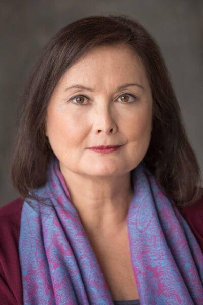 Dmae Roberts Headshot -PhotoCredit-OwenCarey-med